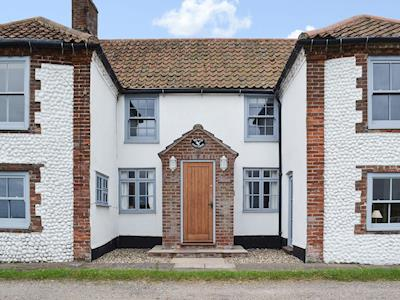 Old terraced fisherman's cottage | Beach Cottage, Cley next the Sea, near Holt