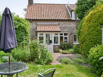 Charming garden-fronted cottage | Dolphin Cottage, Wiveton, near Blakeney