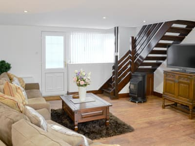 Spacious living/ dining room | Coachmans Retreat, Witton, near Brundall