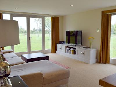 Open plan living/dining room/kitchen | The Glass Room, Ardleigh Heath, nr. Colchester