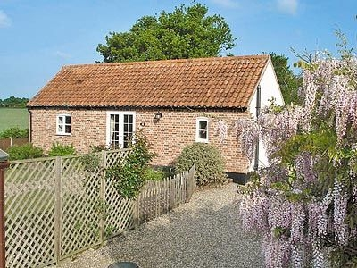 Bee Keepers Cottage, Garvestone