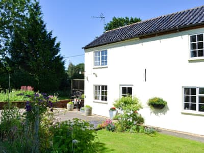 Charming holiday cottage | Glen Cottage, Westfield, near Dereham