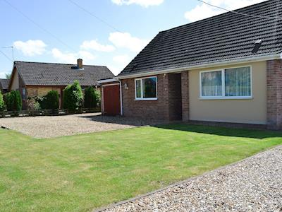 Thoughtfully presented bungalow an ideal base for exploring Norfolk | Meadow Grove Bungalow, Watton, near Thetford