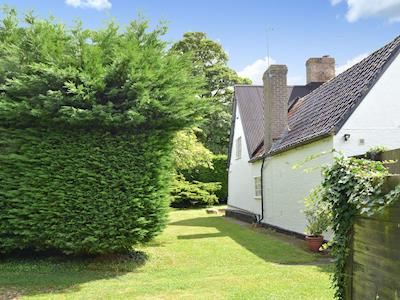 Exterior & garden | Breeds Farm Cottage, Wicken, near Ely