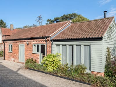 Charming barn conversion | The Hayloft - Manor Mews, Tattersett, near Fakenham