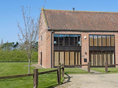 Listed barn conversion | Willow Barn, Sculthorpe