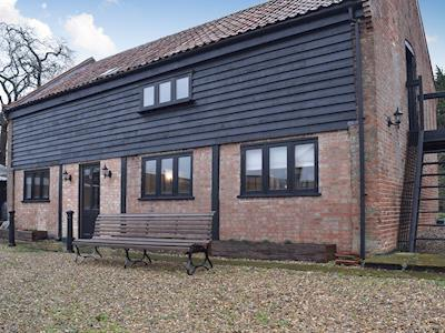 Lovely detached holiday home | Boaters Hill Cart Lodge, Gillingham, near Beccles