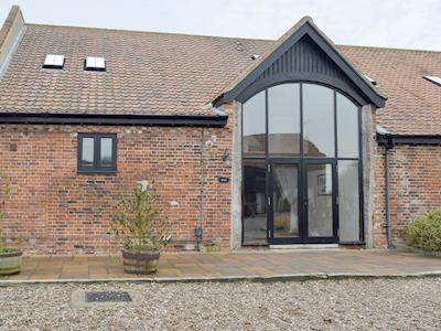 Lovingly restored barn conversion | Coot - Wheatacre Hall Barns, Wheatacre, near Beccles