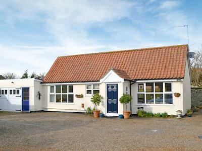 Exterior | Hill House Cottages - Hill House Cottage, West Caister, nr. Great Yarmouth