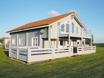 Exterior | Par For The Course, Nr. Great Yarmouth