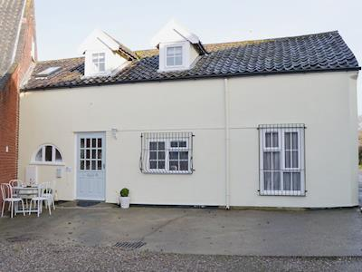 Wonderful holiday property | The Coach House, Ormesby, near Great Yarmouth