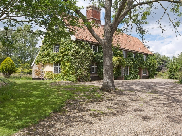 Exterior | Old Hall Farmhouse, St Nicholas, Harleston