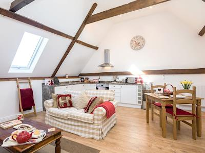 Charming holiday home | The Cart Lodge - Meadow Farm Holiday Barns, Hickling