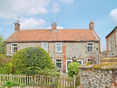 Exterior | Chapel Cottage, Docking, nr. Brancaster