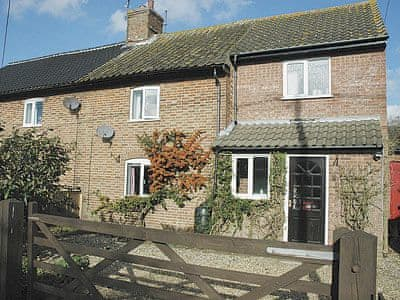 Exterior | Apple Tree Cottage, Bircham Tofts, Kings Lynn