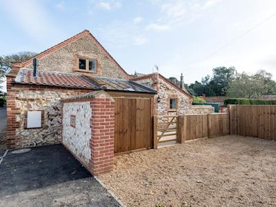 Contemporary styled holiday barn conversion | The Tractor Shed, Holme-next-the-Sea, near Hunstanton