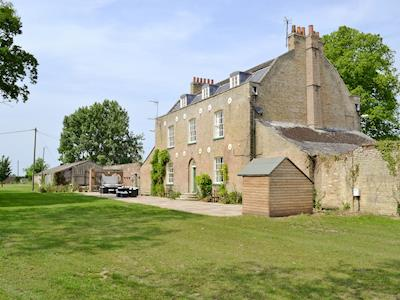 Substantial holiday home | Lode Hall, Three Holes, near Downham Market