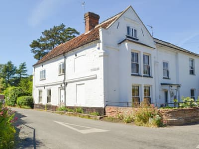 Historic semi-detached holiday home | The White House, Aylsham