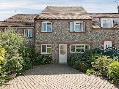 Wonderful coastal property | Camelot, Weybourne, near Holt
