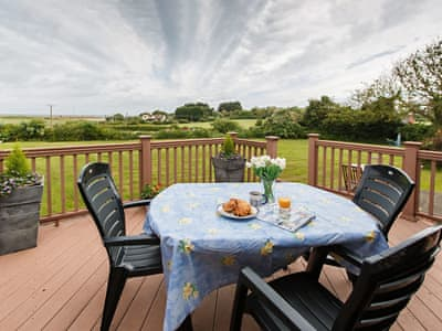 Astounding Last Minute Self Catering Holiday In Syderstone With 2 Home Remodeling Inspirations Genioncuboardxyz