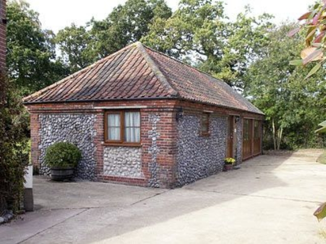 Exterior | Church Farm Cottages - Orchard Cottage, Lower Gresham