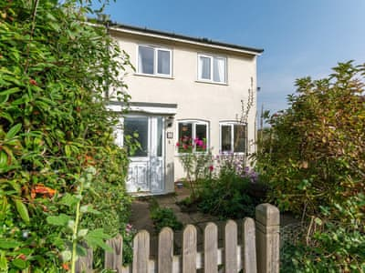 Lovely holiday property | Quiet Mews House, Sheringham