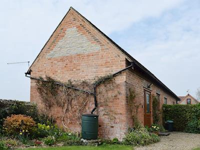 Delightful rural Cotswold cottage | The Byre, Bidford-on-Avon, near Alcester