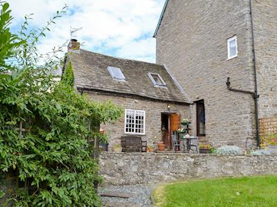 Pretty, historic 18th-century, Grade II listed cottage | The Bothy, Clun, near Craven Arms