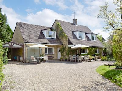 Attractive holiday home | Alderley House, Bourton-on-the-Water