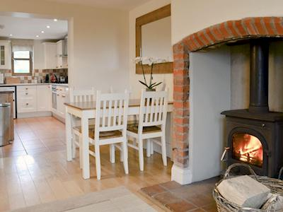 Attractive living/dining area leading through to kitchen | Blackthorn Cottage, Norton Disney, near Newark