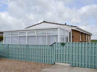 Lovely seaside bungalow | Seagrass, Anderby Creek, near Skegness