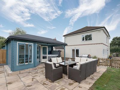 Great holiday cottage with hot tub | Aditum Cottage, East Barkwith, near Market Rasen