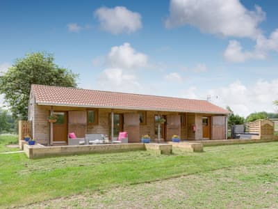 Lovely single-storey, detached lodge | Sherwood Forest Lodge, Kings Clipstone, near Mansfield
