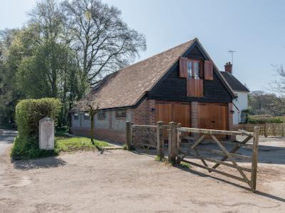Detached first floor studio | Lovegrove's Studio, Checkendon, near Reading