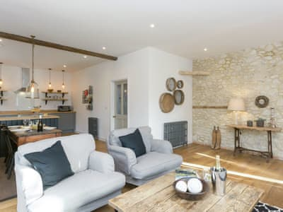 Characterful open-plan living space | The Coach House, Cuxham, near Watlington