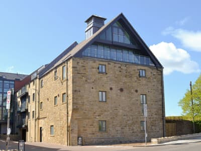 Characterful converted holiday apartments | Alnwick Old Brewery Apartment, Alnwick