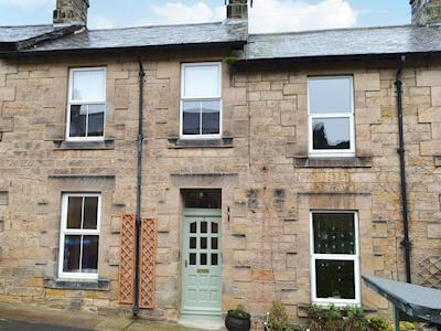 Victorian, stone-built, mid-terraced cottage | The Anchorage, Alnwick