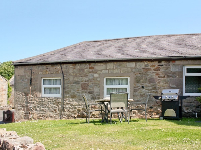 Cottage to let in Bamburgh with Swimming Pool, 3 bedrooms for rent