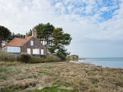 Glorious waterside property | The Mill House, Berwick-Upon-Tweed