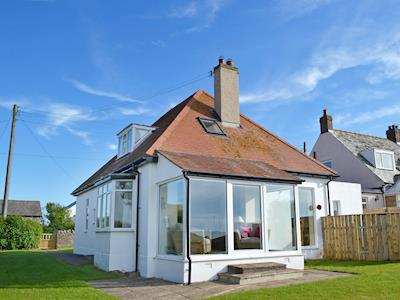 Lovely detached coastal property | Wayside, Beadnell