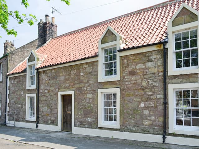 Historic terraced cottage | Albion House, Norham