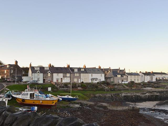 Idyllic harbour-side holiday cottage | Craster View, Craster near Alnwick