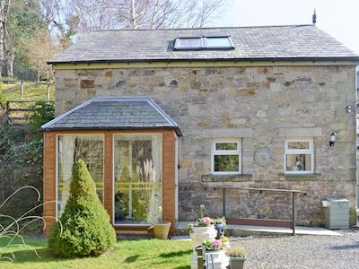 Attractive cottage exterior | The Coach House Cottage - Coach House Holidays,