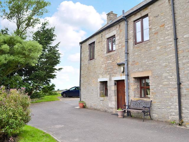 Pleasant, semi-detached cottage | Stublick View, Langley-on-Tyne, near Hexham