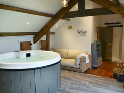 Super Jacuzzi style hot tub | The Dale Manor, Allendale, near Hexham