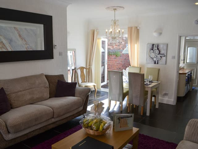 Relaxing open plan living space | Puffin House, Newbiggin-by-the-Sea, near Ashington