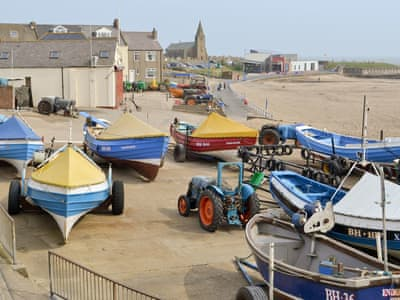 Newbiggin fishing boats and coast