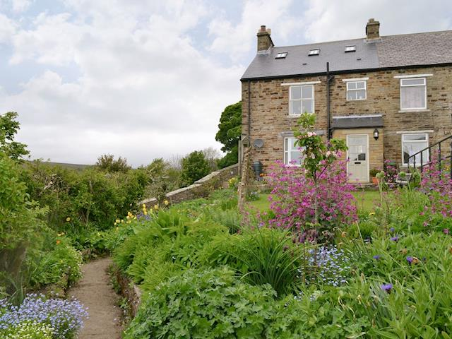 Attractive, garden-fronted holiday property | Tulip Cottage, Cowshill, near Stanhope