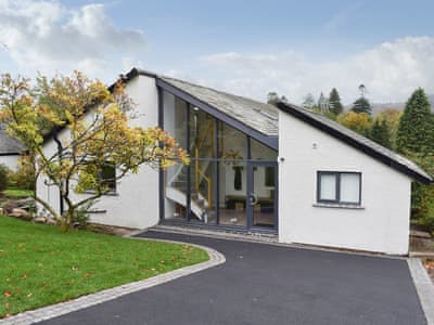 Incredible The Windermere And Bowness Holiday Cottages To Rent In The Download Free Architecture Designs Meptaeticmadebymaigaardcom