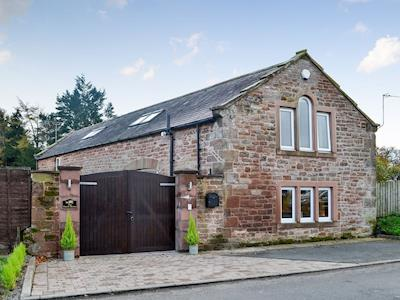 Superbly equipped barn conversion | The Coach House, Brampton